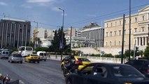 Gréce Athènes relève de la garde les Evzones (Greece changing of the guard of evzones )