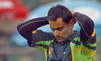 International Cricket Council Bans Pakistan's Mohammad Hafeez From Bowling For a Year