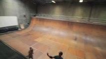 Tony Hawk teste un Skateboard fait avec du carton