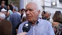 Grèce : les banques ouvrent pour les retraités grecs sans carte de débit