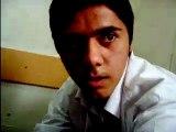 Sınıfın ortasına zıçan adam!!!!!