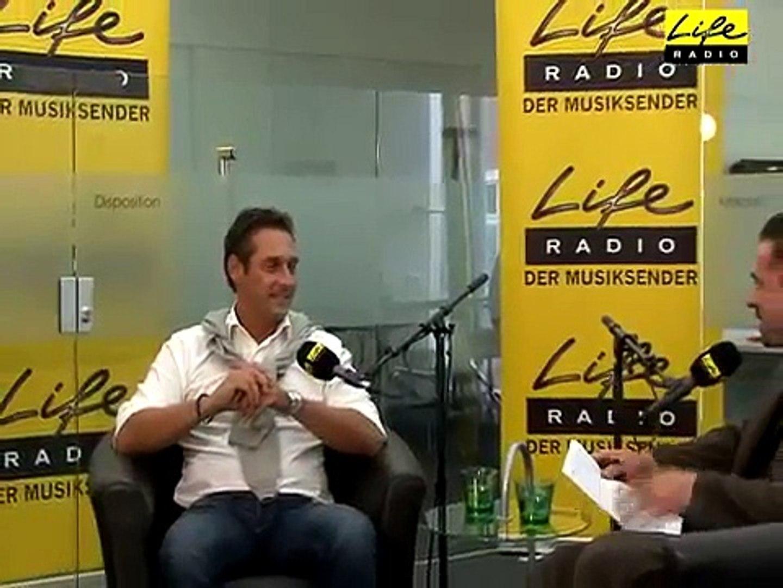 FPÖ Spitzenkandidat H.C. Strache bei Life Radio