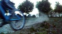 Terrain cross Spuis plage et Bretagne par Robin en vélo Dirt