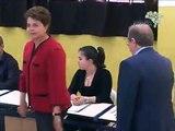 Dilma Rousseff  - É a primeira mulher presidenta do Brasil nas eleições 2010