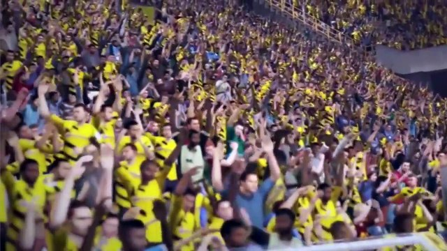 FIFA 16 Gameplay Interviewed by FamilyGamerTV - Women's Stats