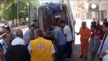 Τουρκία: Δεκάδες νεκροί σε επίθεση αυτοκτονίας στο Σουρούτς - Διαδηλώσεις στην Κωνσταντινούπολη