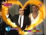 مراد علم دار وزوجته الحقيقية يوزعان الحلوى ويحتفلا