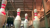 Fowling: New Sport Combines Football and Bowling