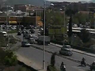 Renault engine crash - YouTube