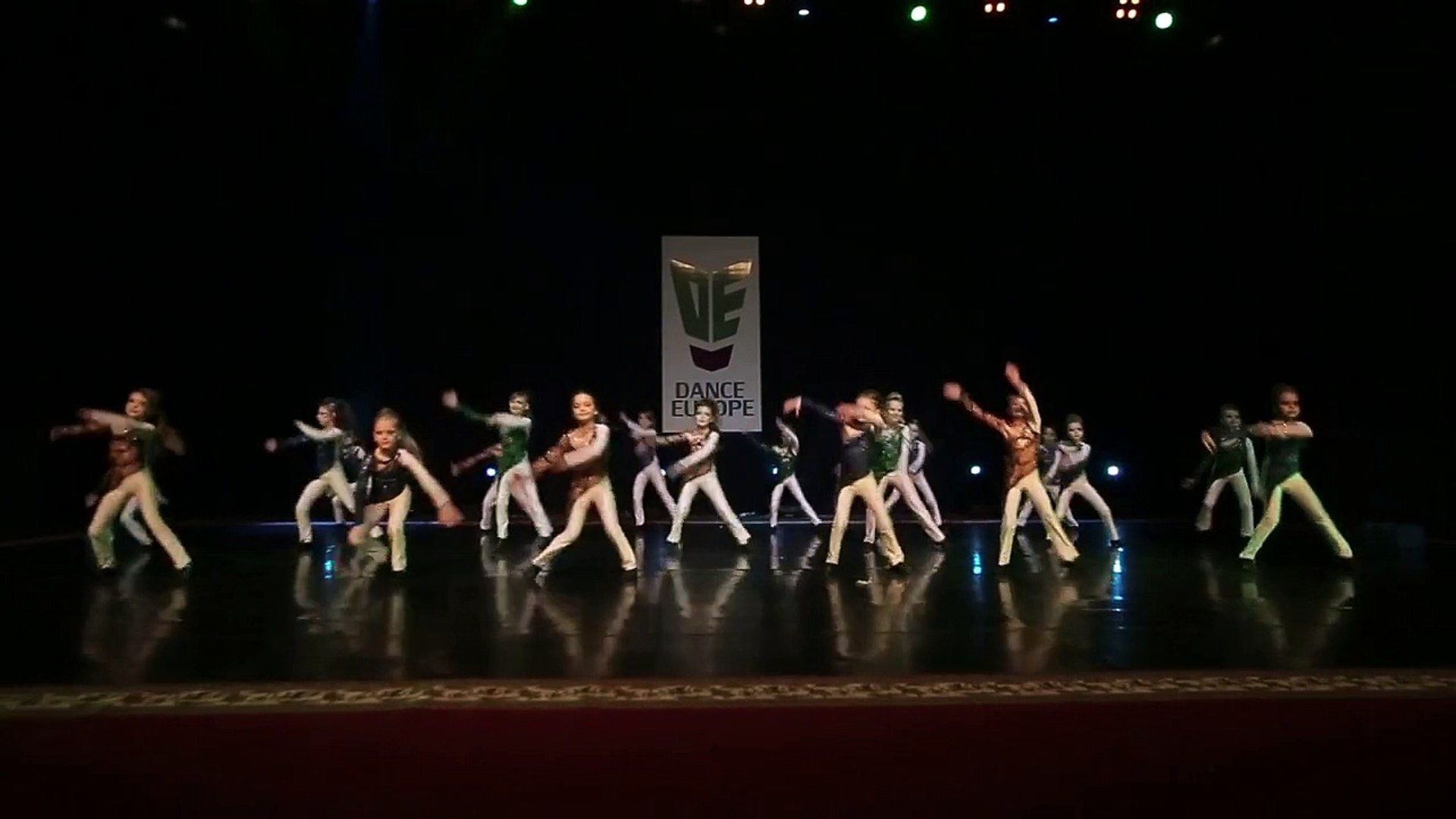 Dance show Children Formation. Дыхание вселенной VINT CLUB