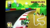 Mario Kart Wii Lightning Cup 150 cc Yoshi on the Sprinter (medium kart) races 1-2