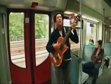 """Gitarre-Moabit mit """"der Körper"""" in der S-Bahn"""