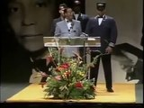 Louis Farrakhan Exposes Rothschild Bankers  (1995)