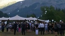 Germanwings : 149 ballons lâchés dans les Alpes en hommage aux victimes du crash aérien