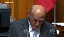 Bündnerfleisch, oder einfach Spass im Bundeshaus - Bundesrat Merz lacht Tränen - 20.09.10