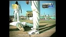 Funniest Cricket in the Cricket history - even Sachin can't stop laughing!! Must Watch