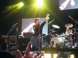 Dave Grohl stops concert to talk about bra.