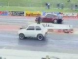 Porsche 911 Turbo contre Fiat 126