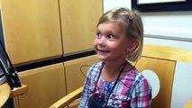 Cette jeune fille entend sa voix pour la première fois - Réaction magique
