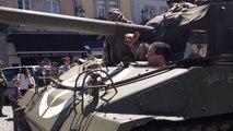 Commémoration du 17 août 1944 par un défilé de véhicules militaires d'époque