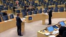 Jimmie Åkesson (SD) läxar upp Göran Hägglund (KD) om bl.a invandring och instegsjobb.
