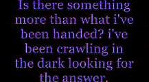 Hoobastank Crawling in the dark Lyrics