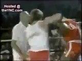 Boxe Juíz levando nocaute