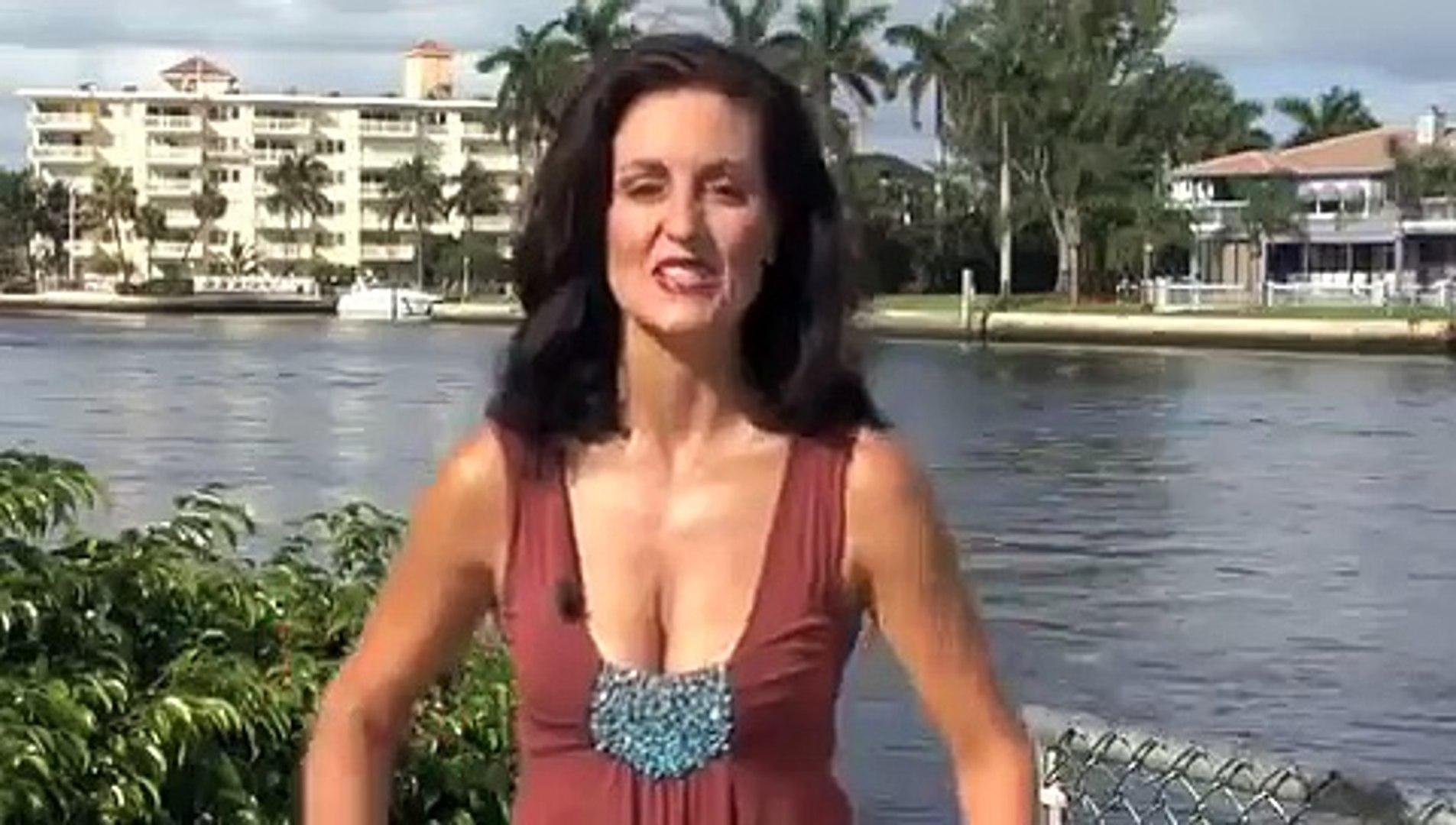 mini skirt hard porn