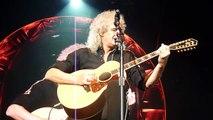 Queen + Adam Lambert - Brian May sings Love Of My Life and cries, Amsterdam 2015