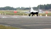 Décollage vertical d'un avion de chasse MiG-29