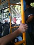 איש משוגע באוטובוס