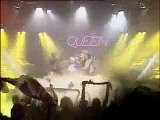 Spitting Image - Queen - Here's Queen performing We Are The Champions on