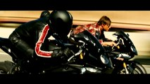 "Mission Impossible : Rogue Nation (2015) - Featurette ""Motorcycle Stunts"" [VO-HD]"