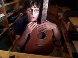 Lär dig att spela gitarr, nybörjarkurs och lektion - hålla greppbrädan - gitarrkurser . net