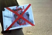 إحراق صورة محمد بن نايف في اعتصام بريدة