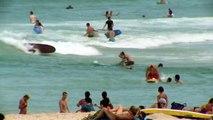 Un sauveteur sauve une petite fille qui se noie sur la plage de Bondi (Sydney)