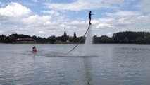 Flyboard à la base de loisirs