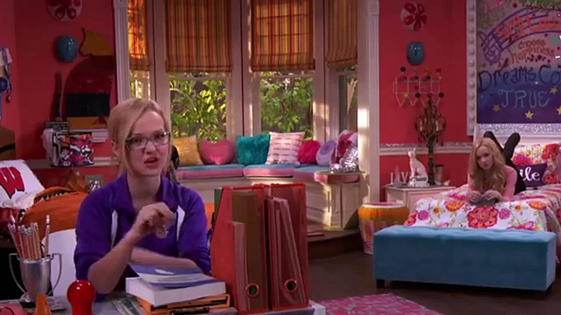 Liv And Maddie Season 1 Episode 11 Switch A Rooney