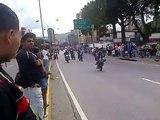 Moto Pirueta Caracas Venezuela entrada de la cota