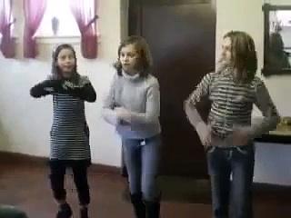 Girl cute dancing videos – Funny video dancing
