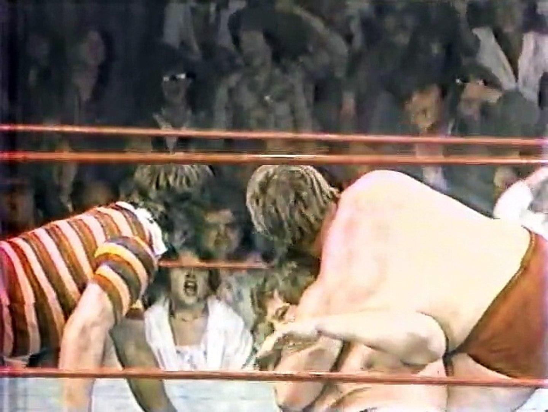 Roddy Piper (c) vs Buddy Rose - 2/3 Falls - (Portland 1980/09/13)