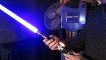 Un fan crée une réplique de sabre laser de star wars