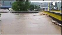 Bridge crashes into bridge on flooded river in Bosnia - caught on camera