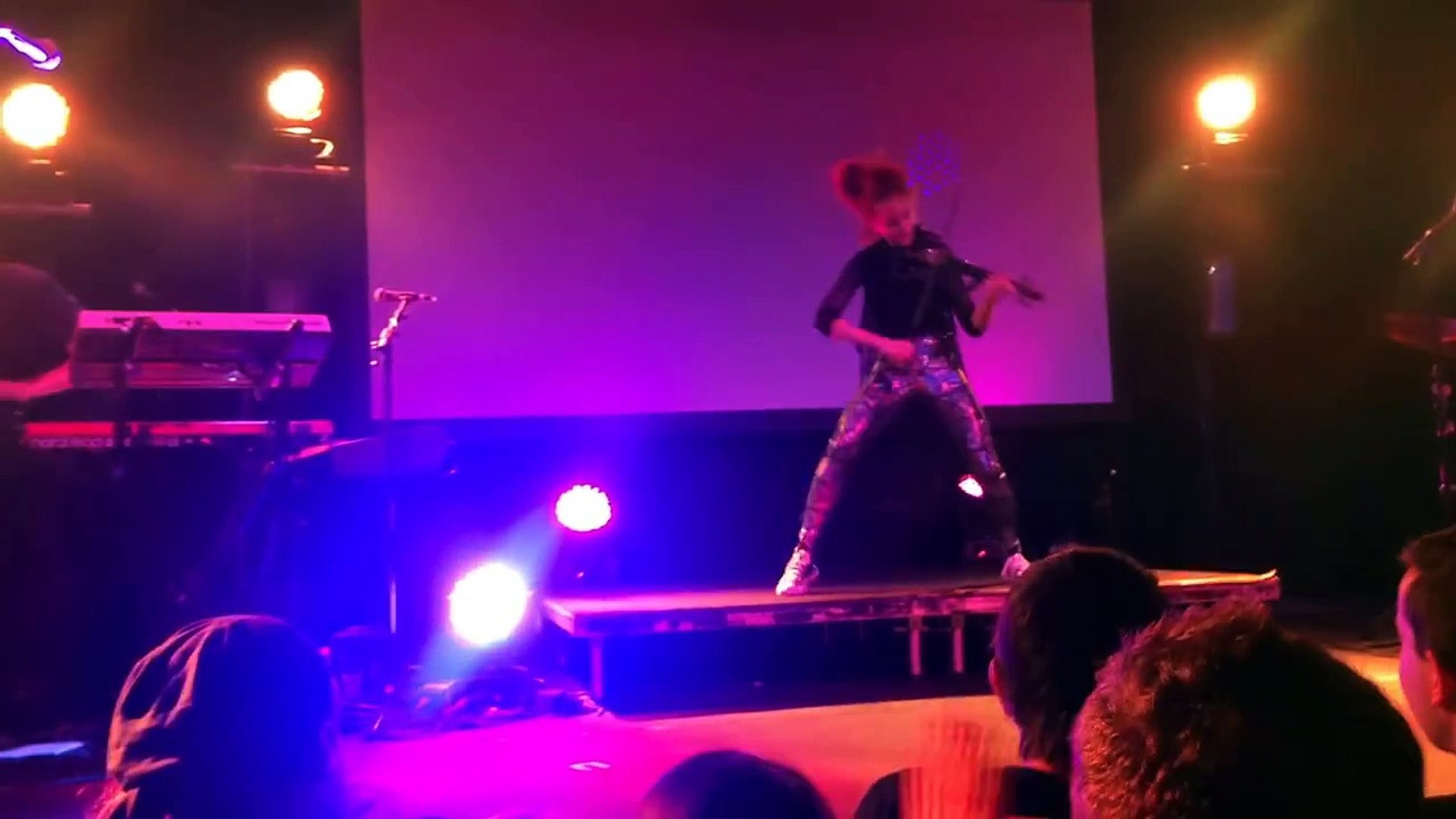 Senbonzakura - Lindsey Stirling - Auckland 2015