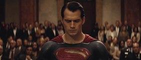 Batman V Superman - Aube de la Justice - Trailer 2 [VF]