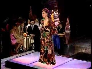 Leonora Jakupi - Dilema (Official)