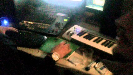 In the studio - SKEEZY DON CAJANA MASTER D ---- New song comming soon