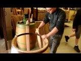 Fabrication d'un fût de chêne (à la tonnellerie François Frères)