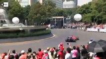 El piloto de Fórmula 1, Esteban Gutiérrez, exhibió su Ferrari F60 en México