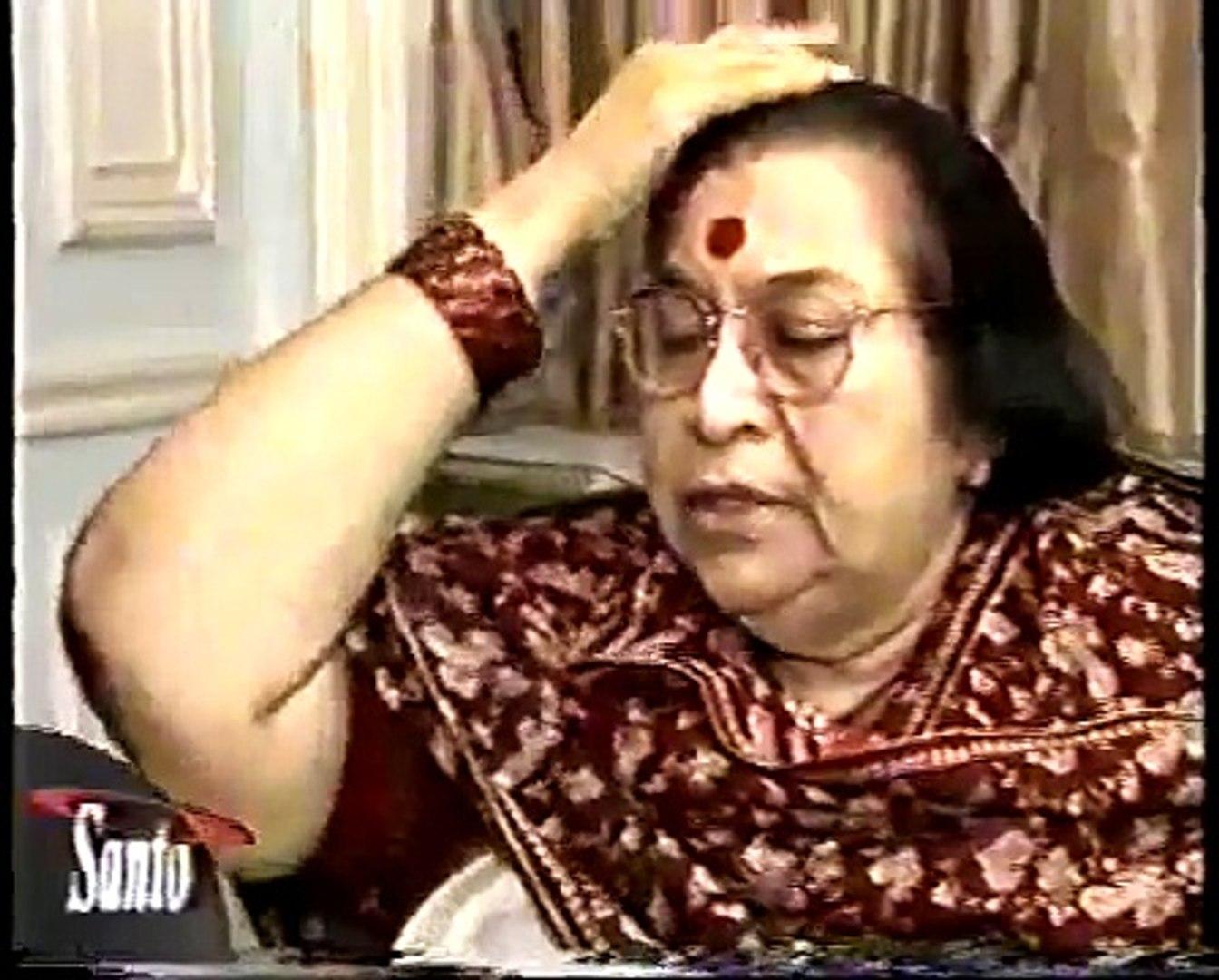1995-0826 H.H. Shri Mataji Nirmala Devi, TV interview by Santo Biasatti in Argentina